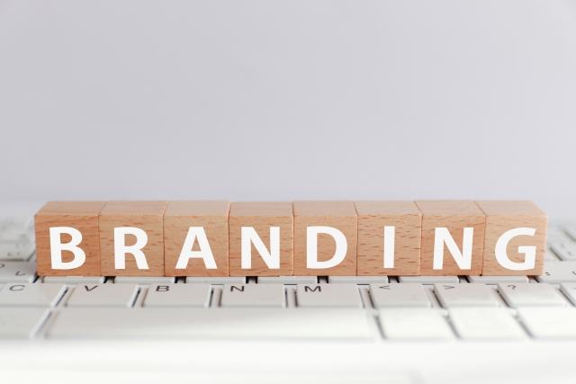 ブランディングのロゴ