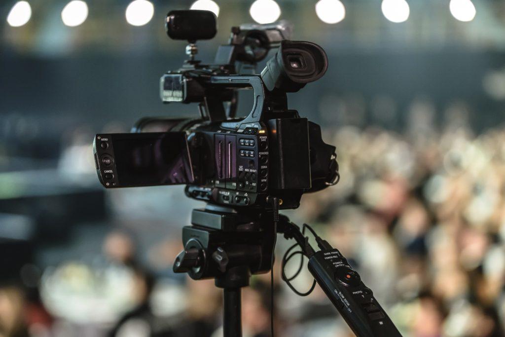 動画撮影のカメラ